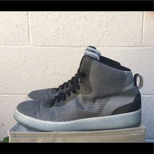 Nike pro stepper wolf grey size 9